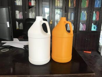 Gallon containers for hand sanitizer